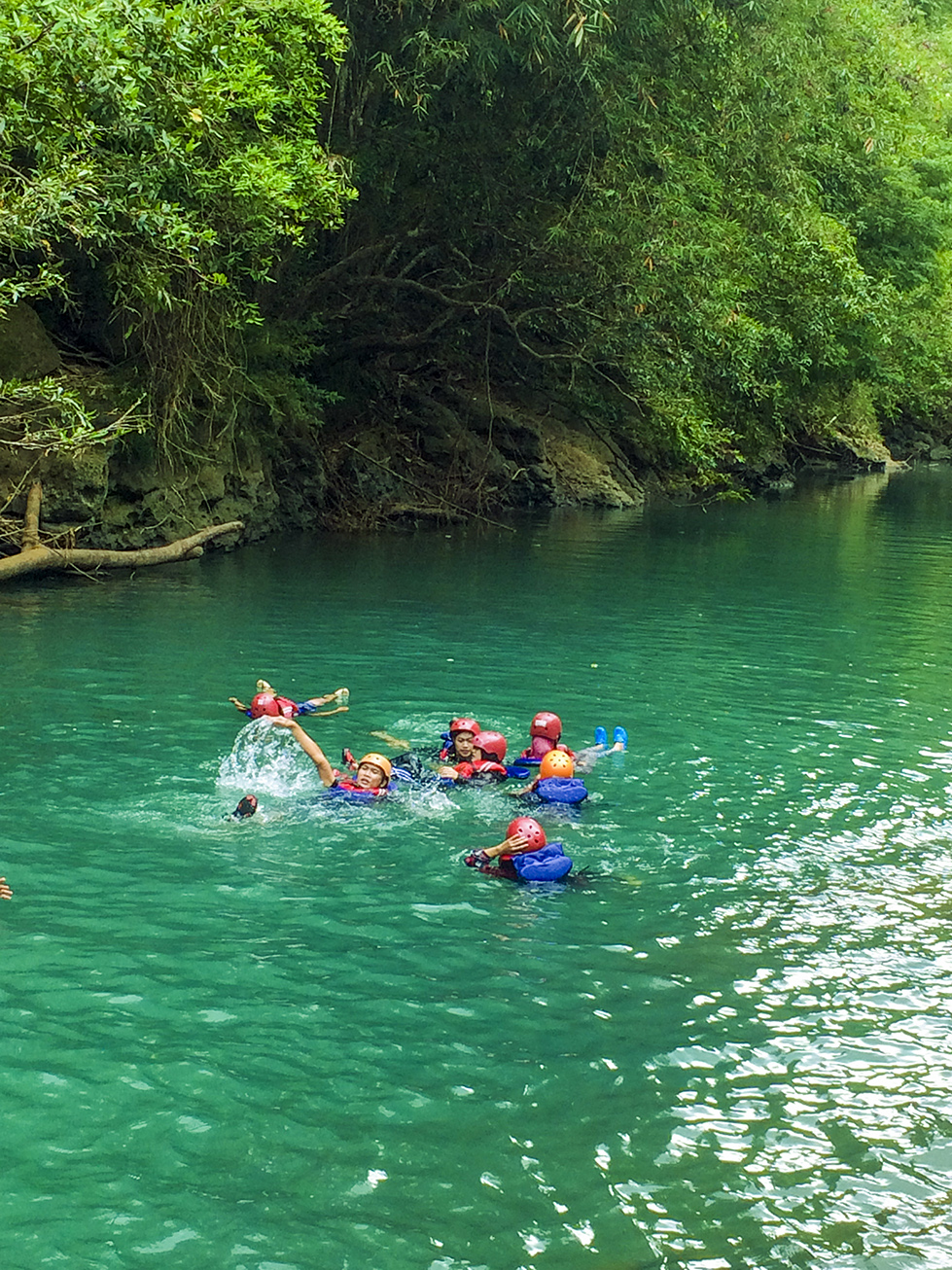 akses menuju lokasi body rafting di green canyon