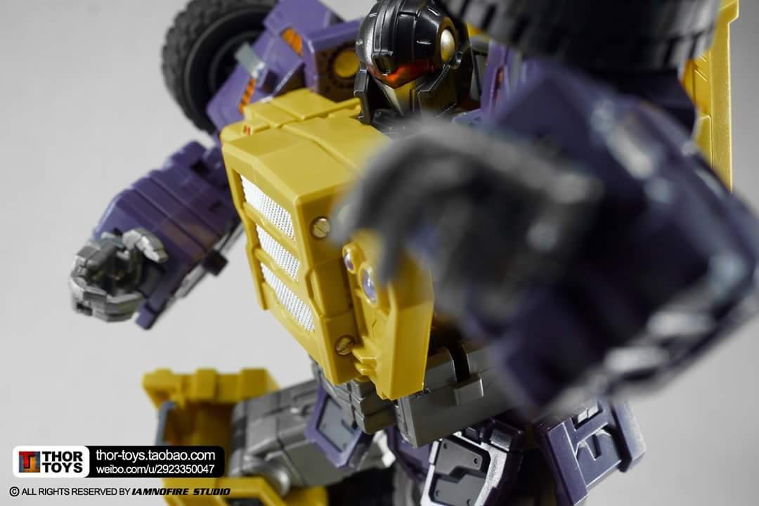 [Toyworld] Produit Tiers - Jouet TW-C Constructor aka Devastator/Dévastateur (Version vert G1 et jaune G2) - Page 8 B0i5dSQM
