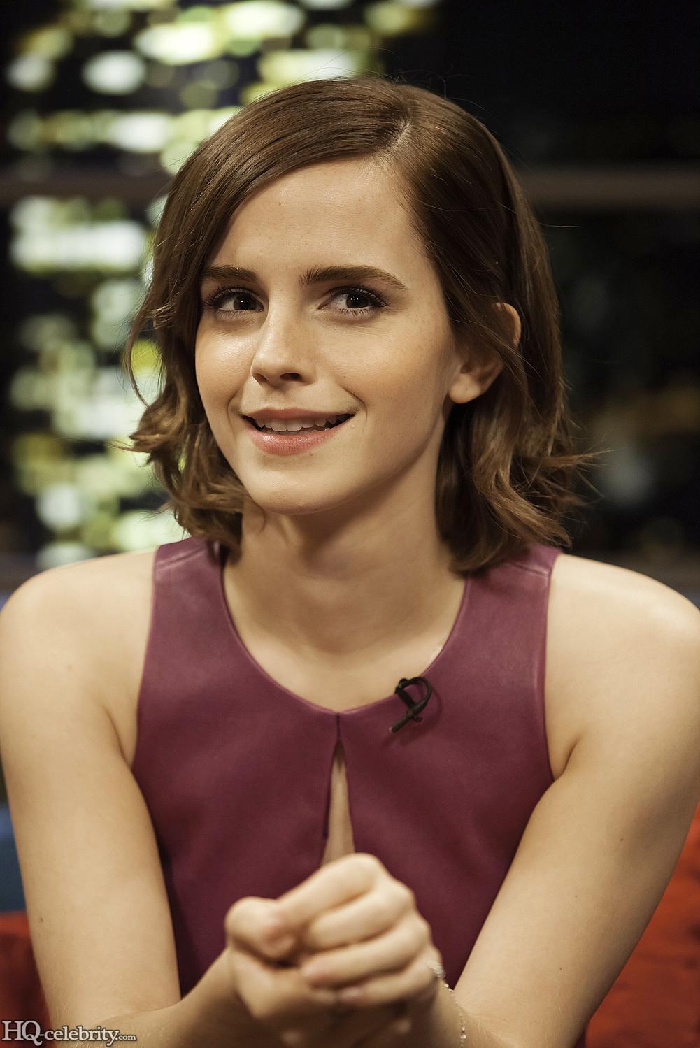 Emma Watson Has A Blast On The Jonathan Ross Show AcyJqJl5