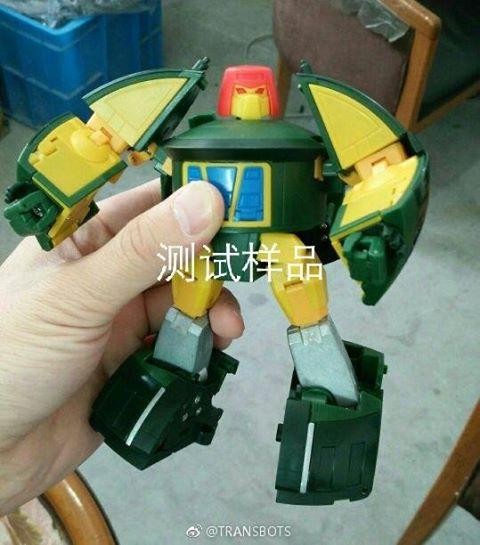 [X-Transbots] Produit Tiers - Minibots MP - Gamme MM - Page 10 LPnA307C