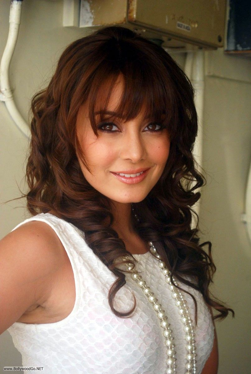 Minissha Lamba Sizzling Pictures and Gorgeous Looks Adt1Ne7p