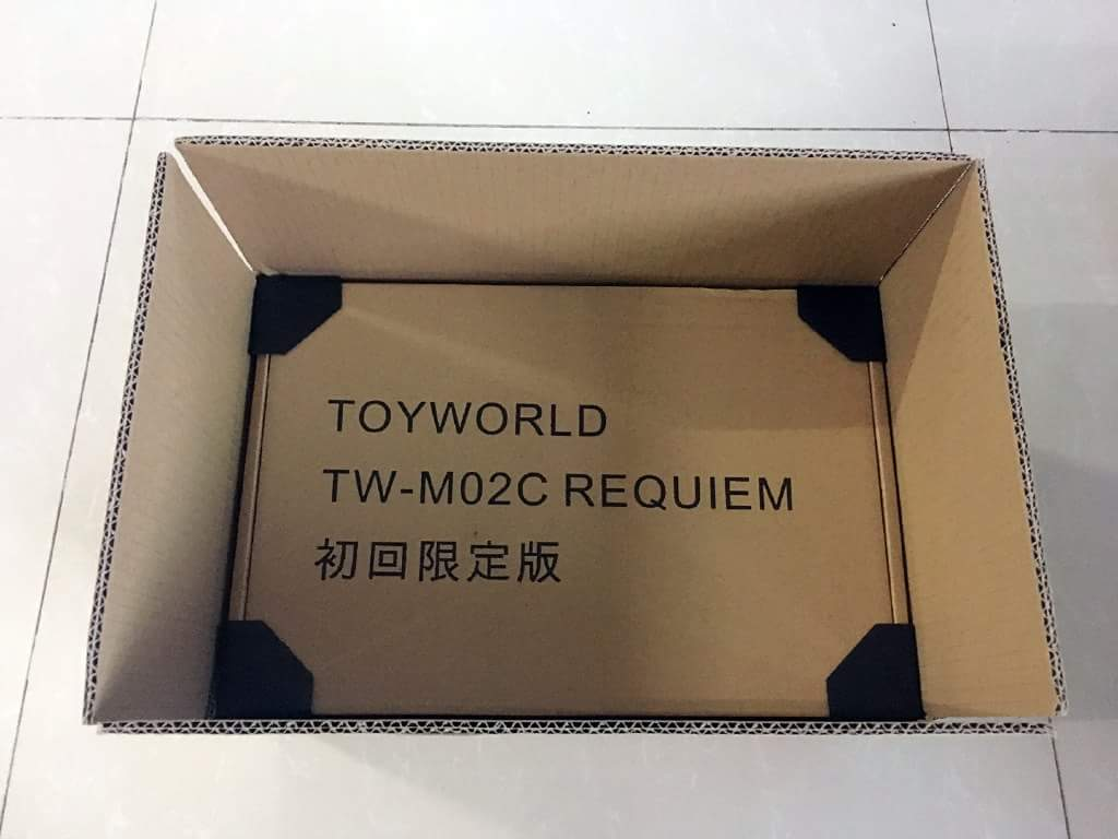 [ToyWorld] Produit Tiers - TW-M02A Combustor (Ramjet/Statoréacto), TW-M02B Assault (Thrust/Fatalo), TW-M02C Requiem (Dirge/Funébro) - Page 2 KXMh2yxd