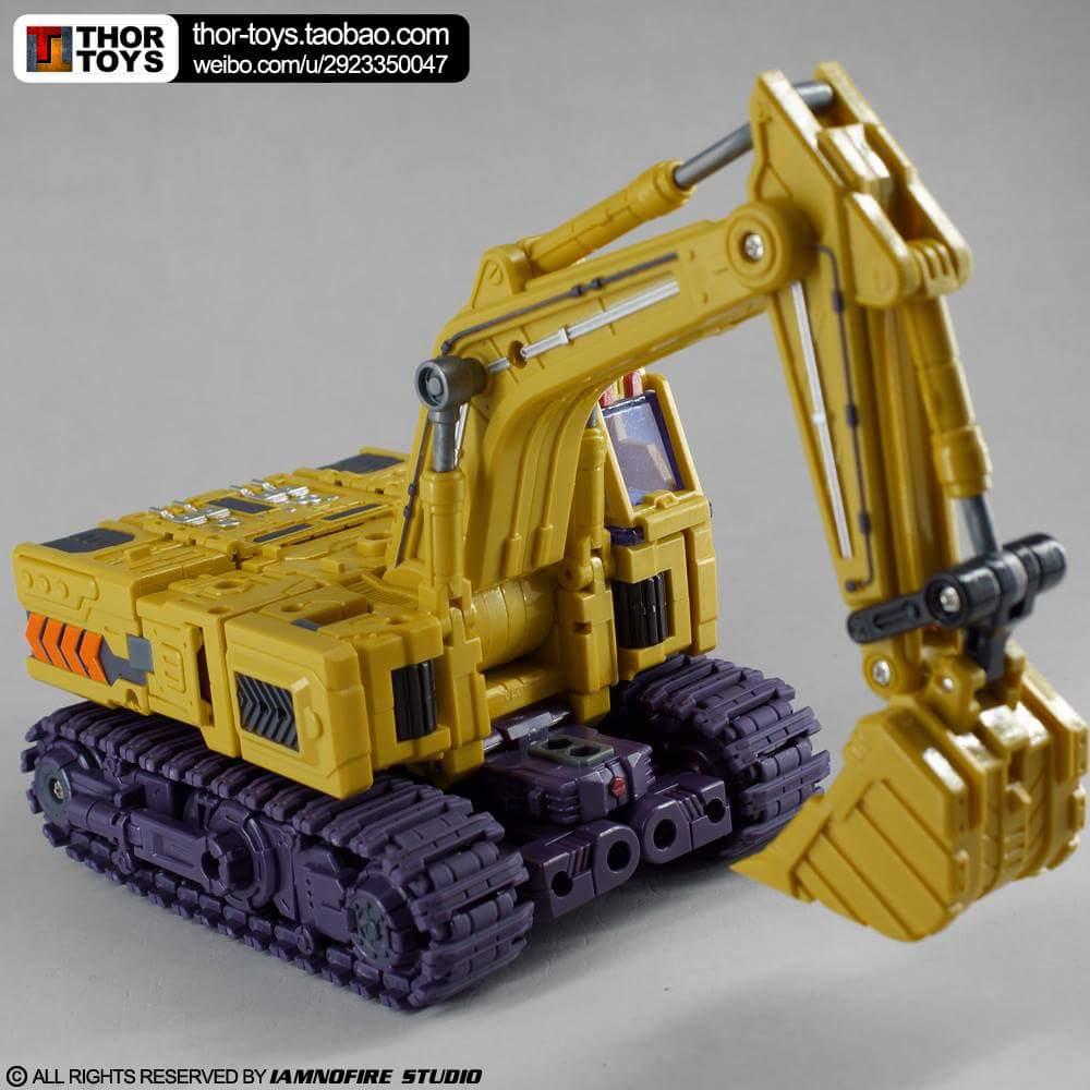 [Toyworld] Produit Tiers - Jouet TW-C Constructor aka Devastator/Dévastateur (Version vert G1 et jaune G2) - Page 8 1RndZOm8