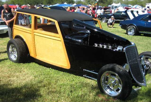 classic cars classic car values kelley blue book. Black Bedroom Furniture Sets. Home Design Ideas
