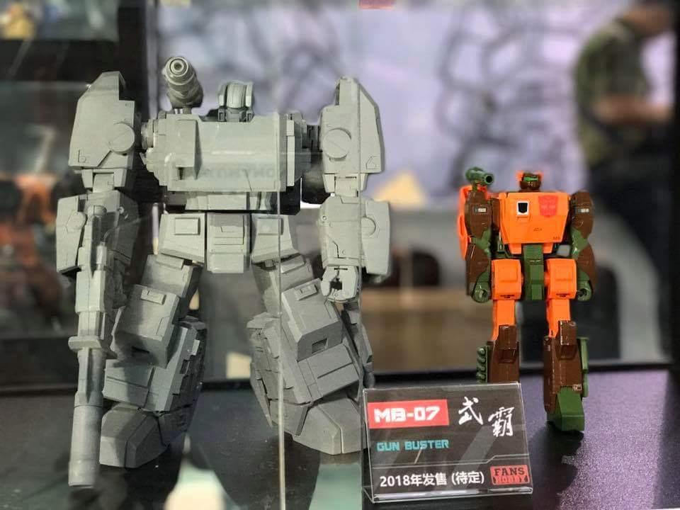 [FansHobby] Produit Tiers - Master Builder MB-07 Gun Buster - aka Roadbuster/Cahot des Wreckers IDW D49NgnsG