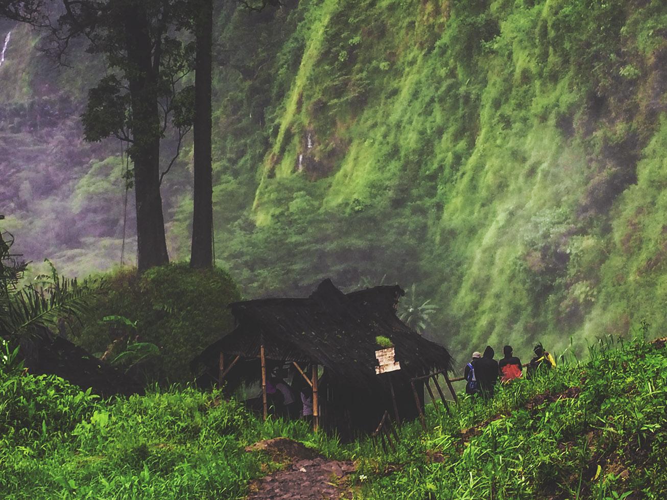 keindahan curug citambur di cianjur selatan