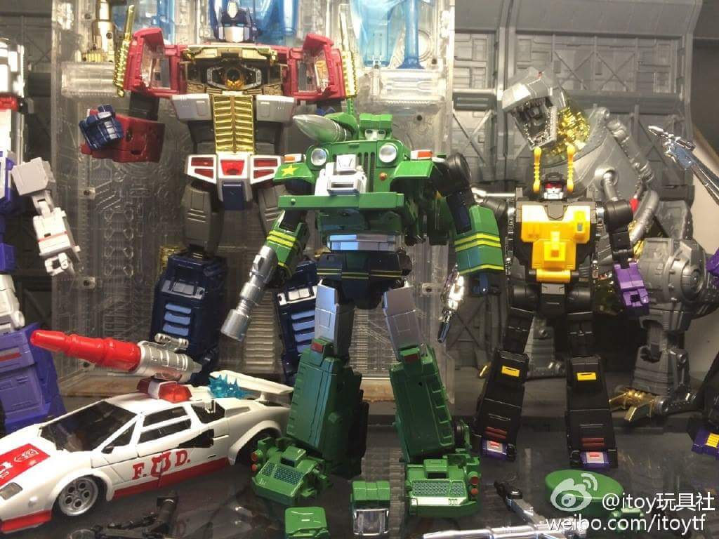 [Fanstoys] Produit Tiers - Jouet FT-12 Grenadier / FT-13 Mercenary / FT-14 Forager - aka Insecticons - Page 3 1rtL7M0z