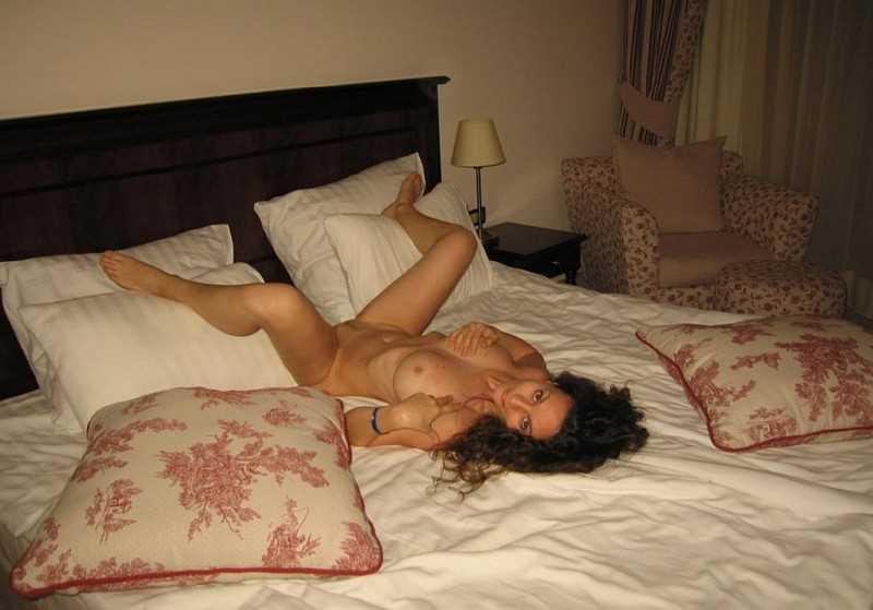 материалы журнала интимные фото в гостинице парней