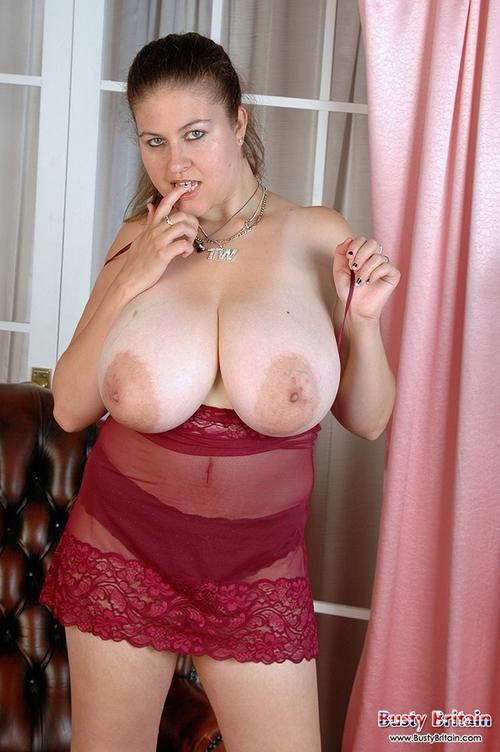 Огромные сисяндры порно фото крупно