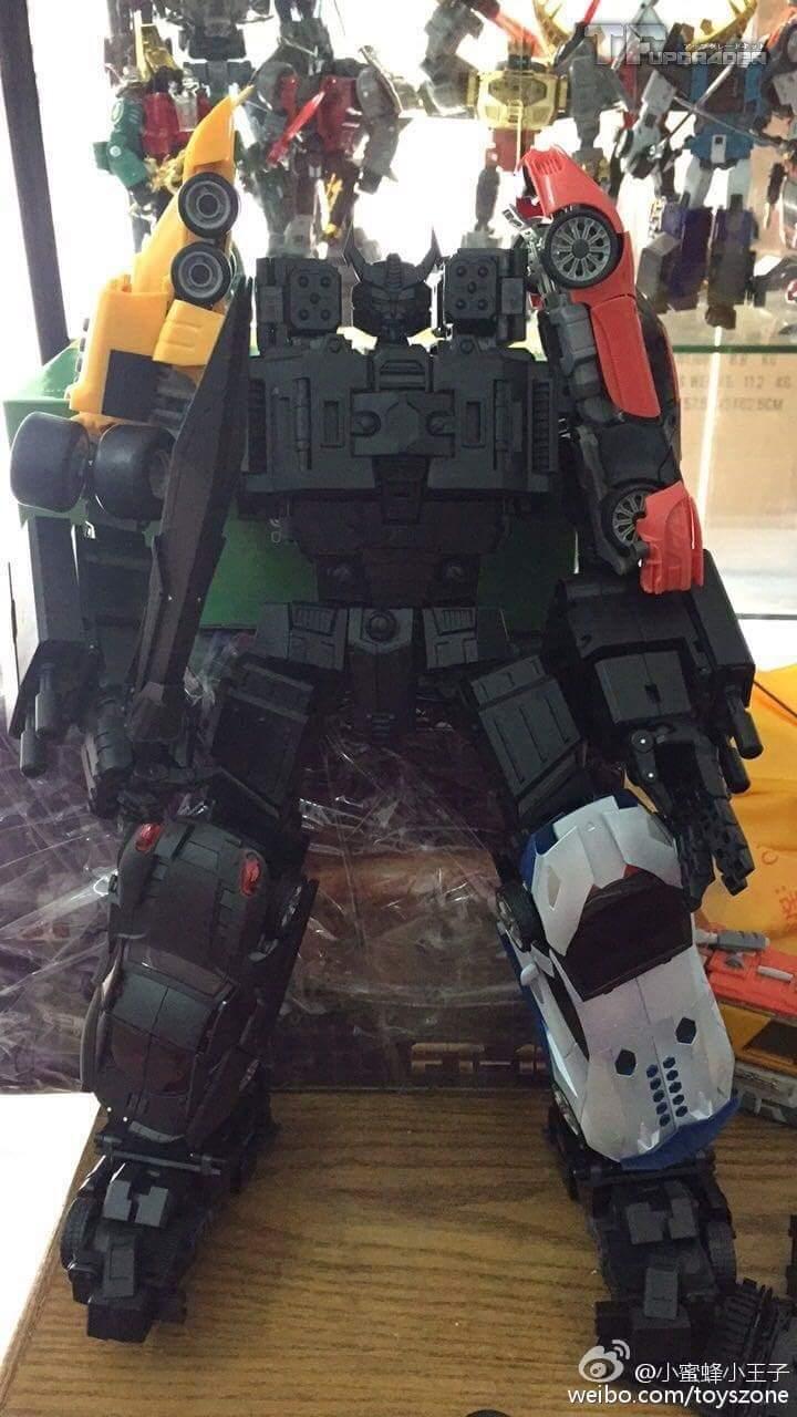[Transform Mission] Produit Tiers - Jouet M-01 AutoSamurai - aka Menasor/Menaseur des BD IDW - Page 4 OGf22Zao