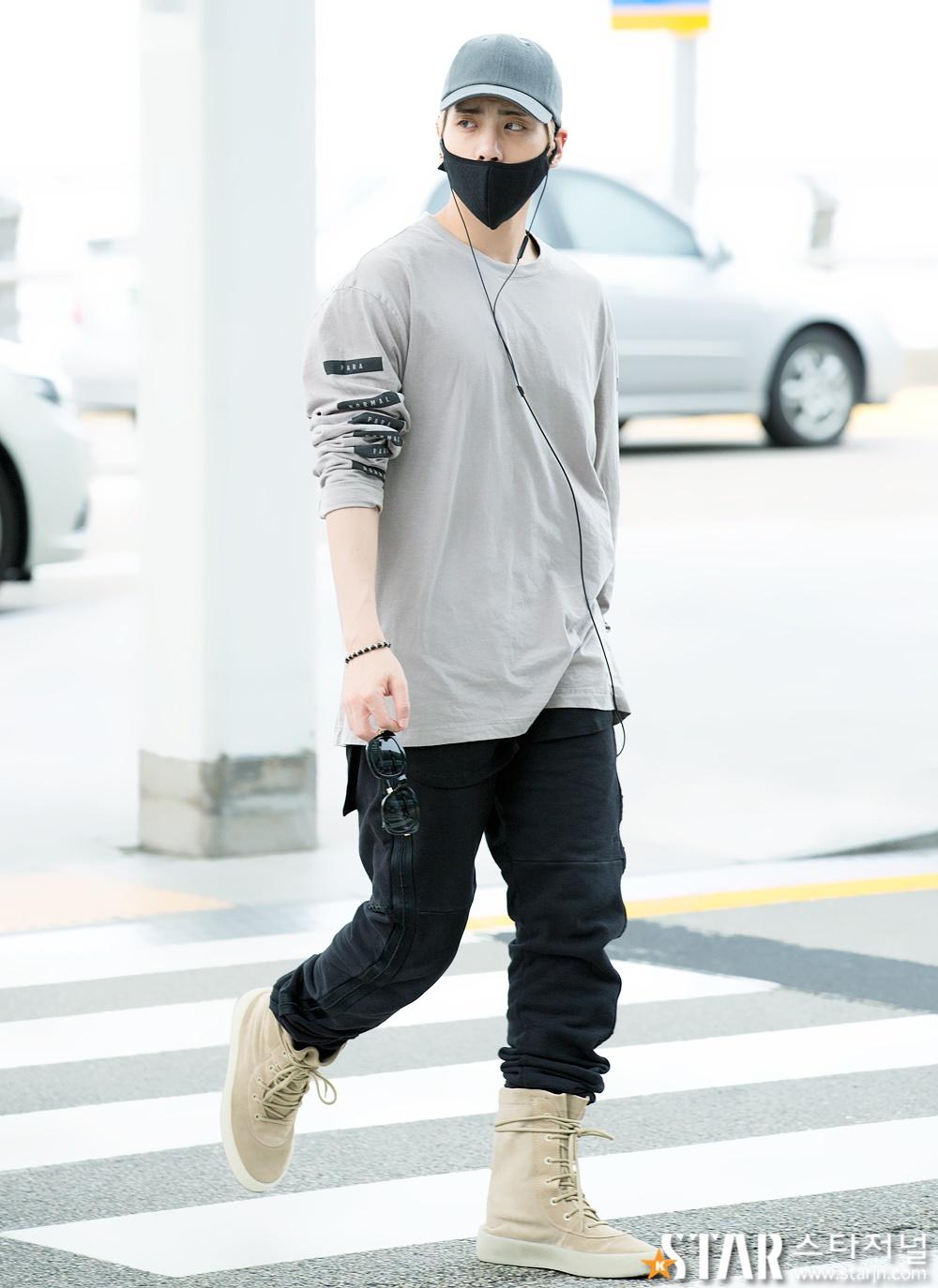 [IMG/160715] Jonghyun, Key @ Aeropuerto Incheon hacia Japón. EUHF067h