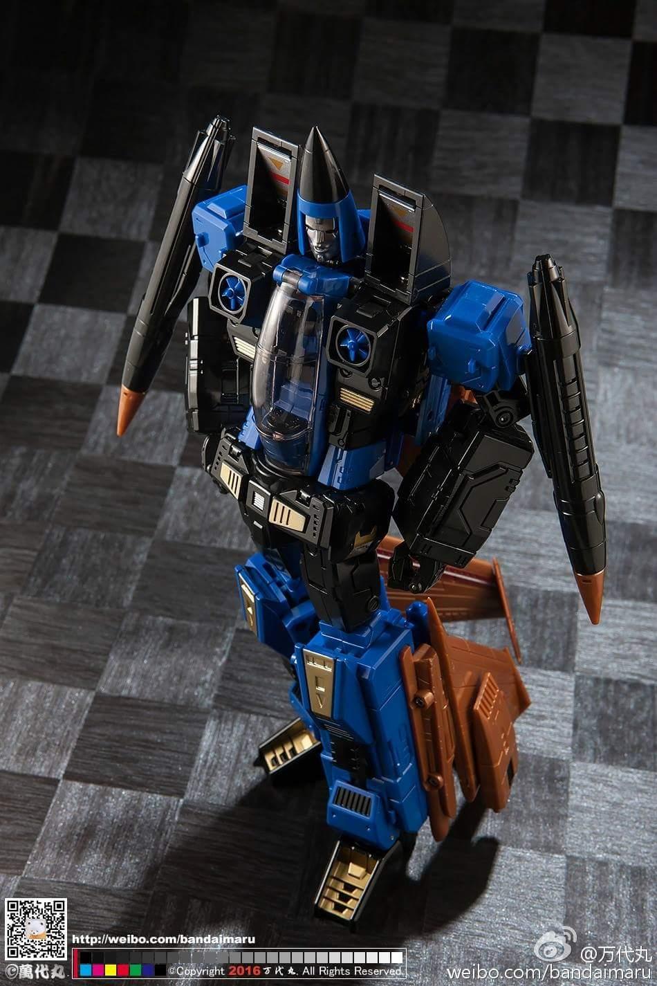 [ToyWorld] Produit Tiers - TW-M02A Combustor (Ramjet/Statoréacto), TW-M02B Assault (Thrust/Fatalo), TW-M02C Requiem (Dirge/Funébro) - Page 3 APBHRQ1E
