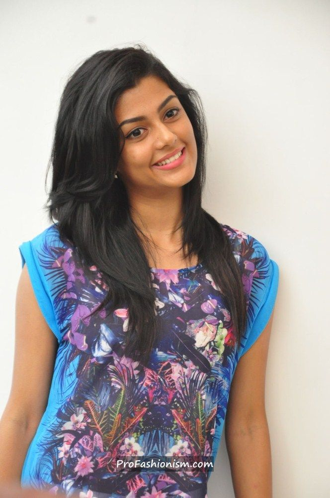 Anisha Ambrose Stills from Areyrey Press meet AbtY8rlj