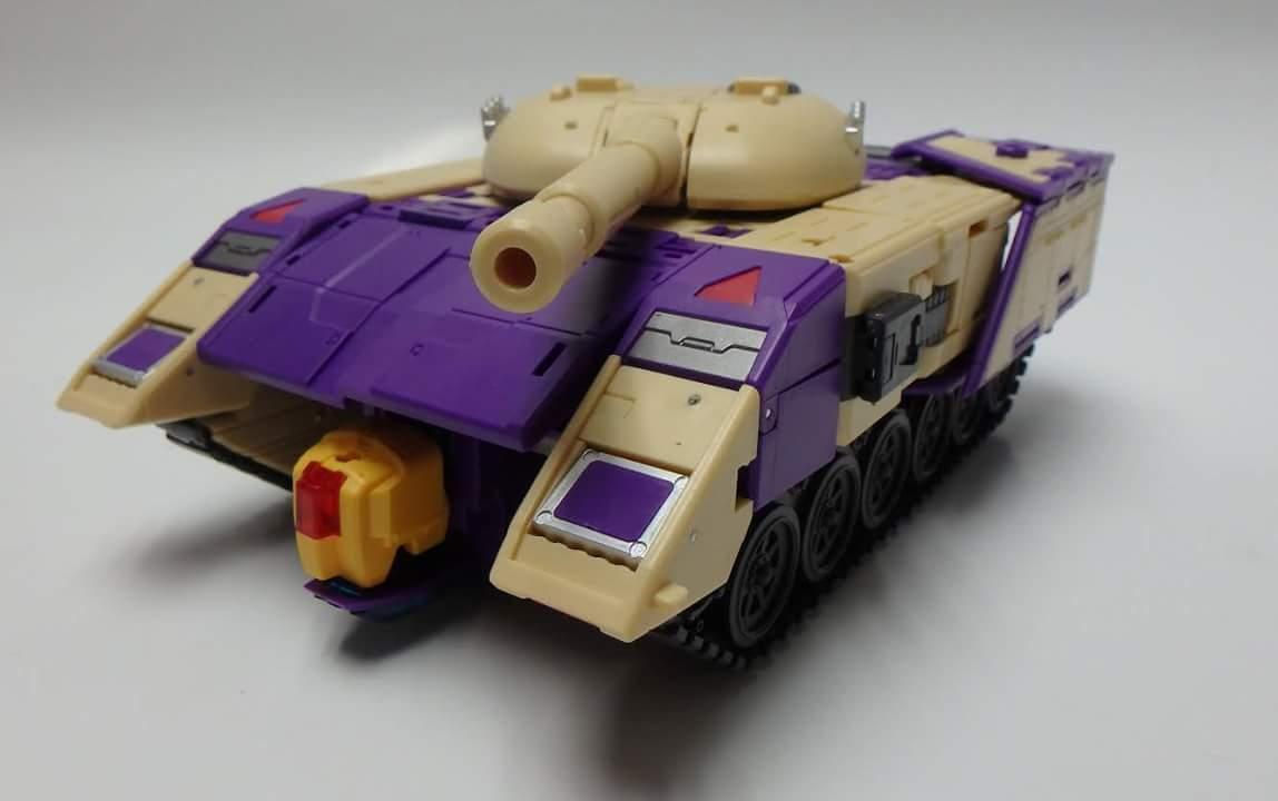 [DX9 Toys] Produit Tiers D-08 Gewalt - aka Blitzwing/Le Blitz HOTowIkk