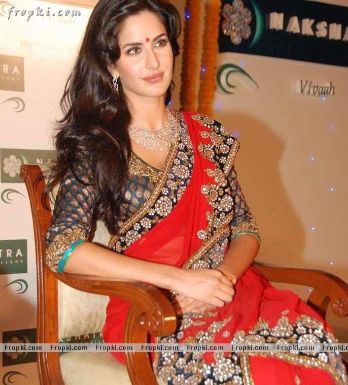 Katrina Kaif sizzling photos in red Saree AdrhYGnh