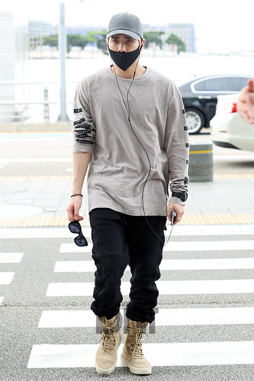 [IMG/160715] Jonghyun, Key @ Aeropuerto Incheon hacia Japón. 68jA3vVs
