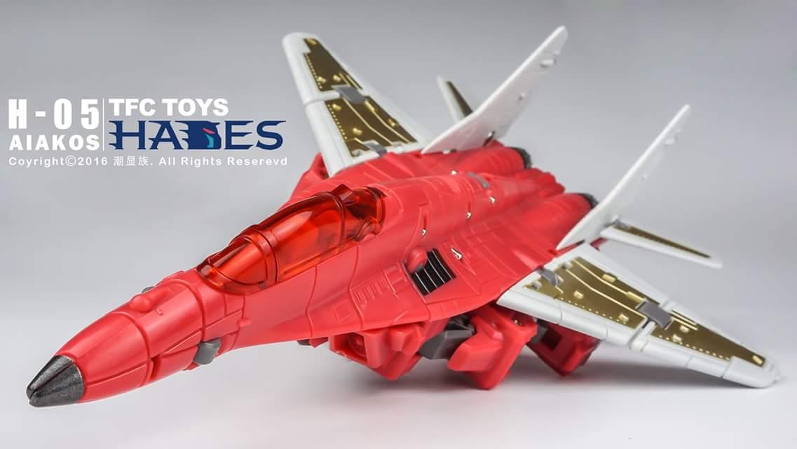 [TFC Toys] Produit Tiers - Jouet Hades - aka Liokaiser (Victory) - Page 4 EsPKgsne