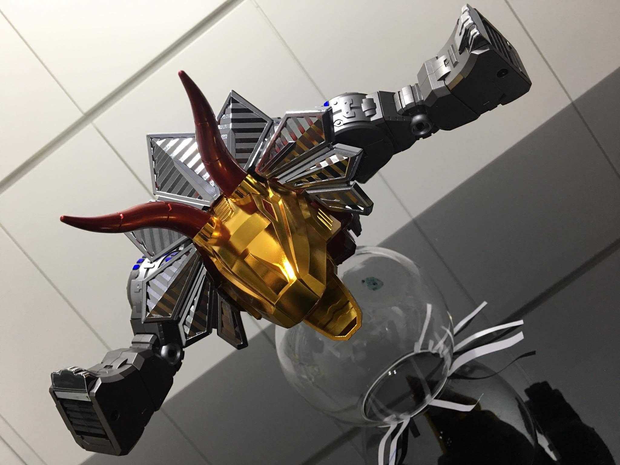 [GigaPower] Produit Tiers - Jouets HQ-01 Superator + HQ-02 Grassor + HQ-03 Guttur + HQ-04 Graviter + HQ-05 Gaudenter - aka Dinobots - Page 4 AsZrIWC8