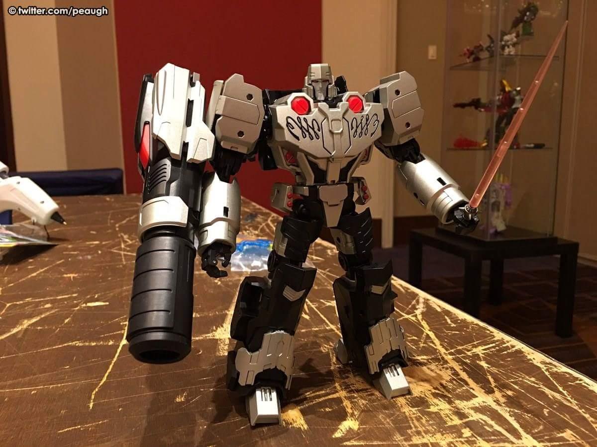 [Mastermind Creations] Produit Tiers - Reformatted R-28 Tyrantron - aka Megatron des BD IDW GZ3z3aYu