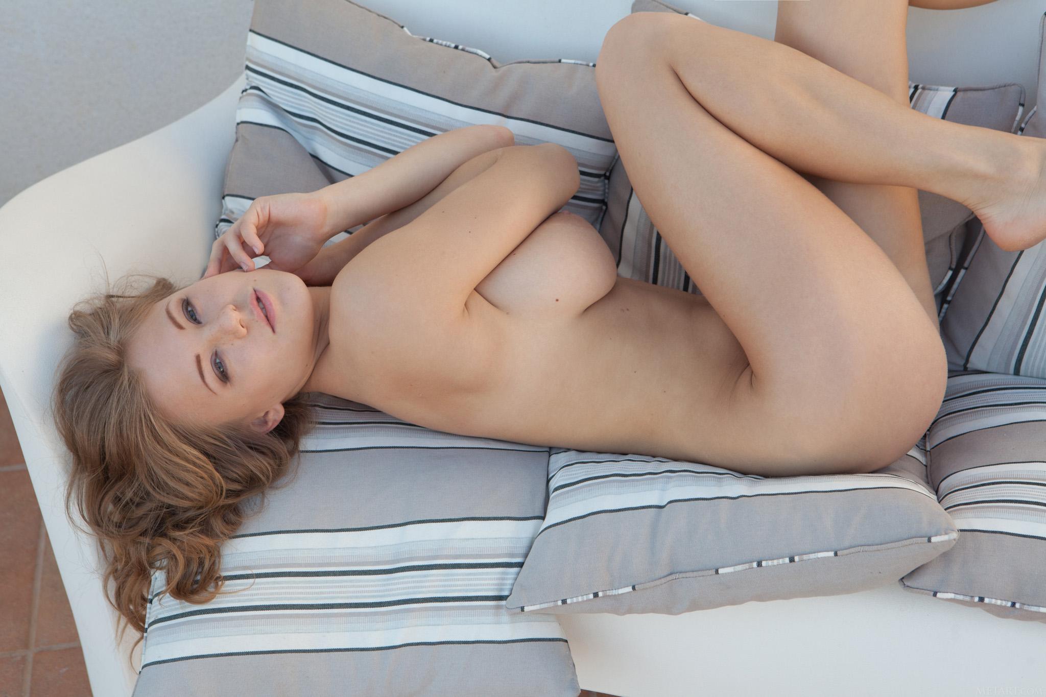 Viola Bailey - el arte de mostrar la conchita