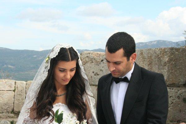 Asi Murat Yildirim Tuba Buyukustun: What Is Fatmagul's Fault?