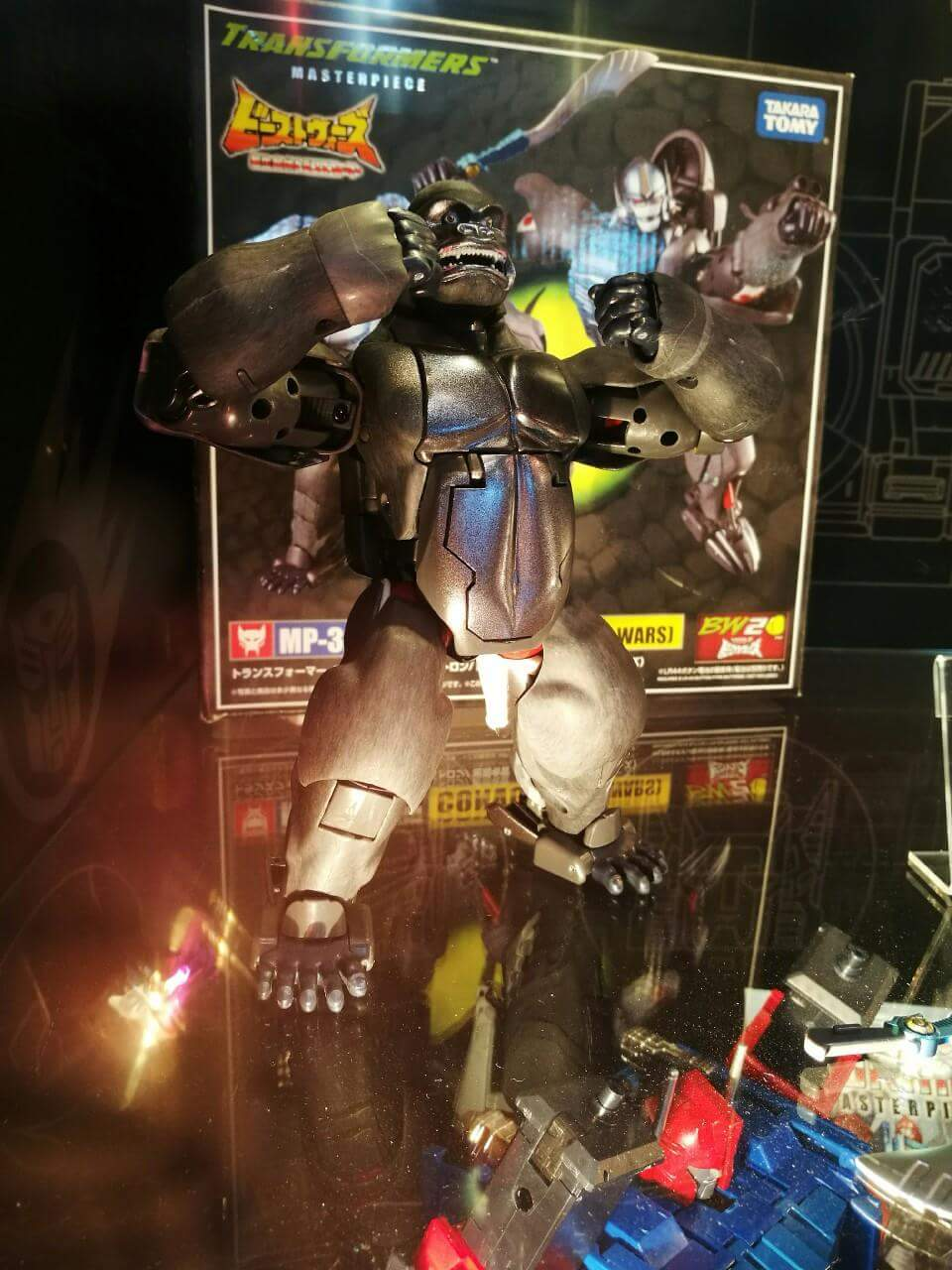 [Masterpiece] MP-32, MP-38 Optimus Primal et MP-38+ Burning Convoy (Beast Wars) - Page 3 SD8JeNgR