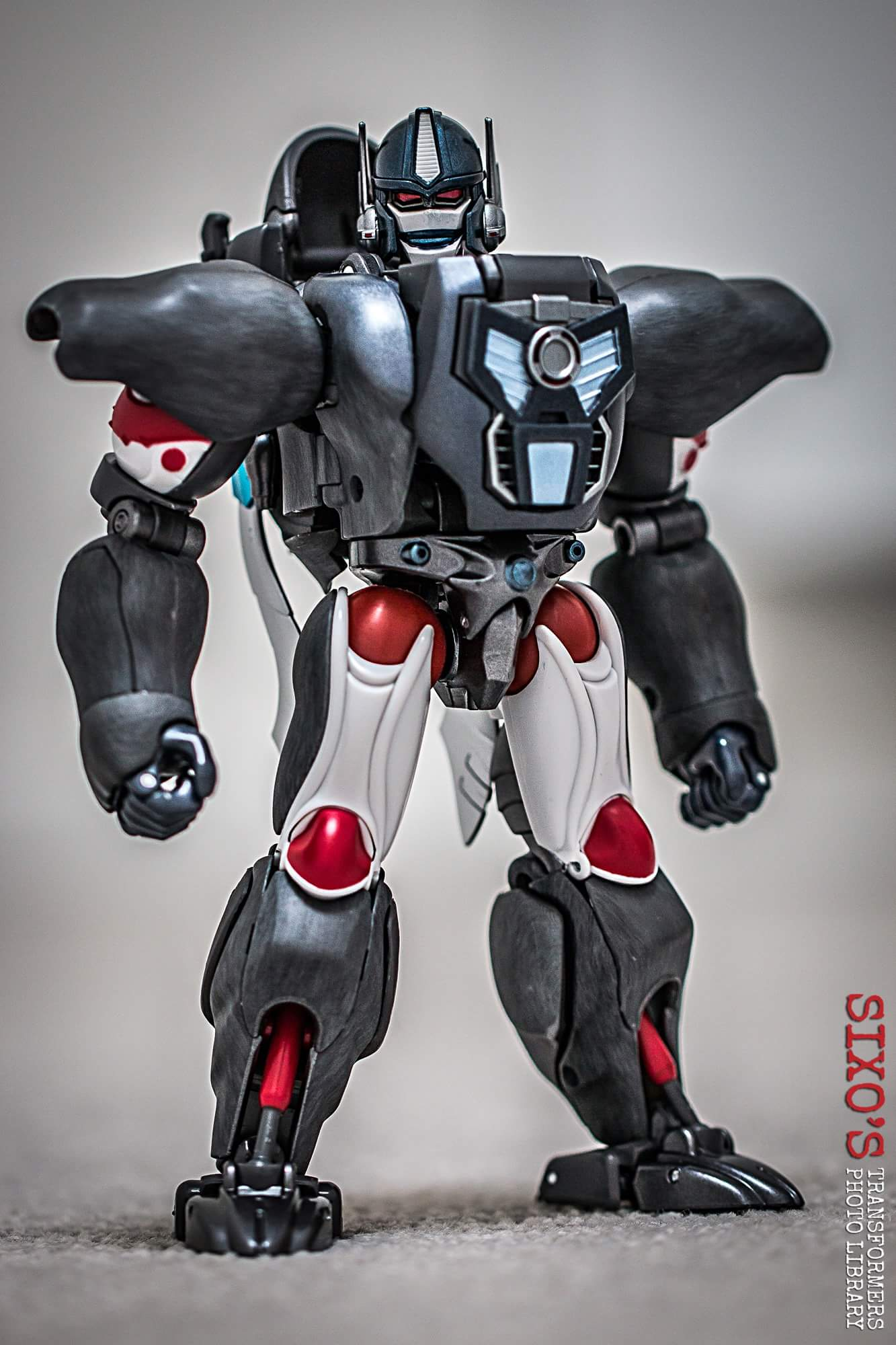 [Masterpiece] MP-32, MP-38 Optimus Primal et MP-38+ Burning Convoy (Beast Wars) - Page 3 NBvvvZ6y