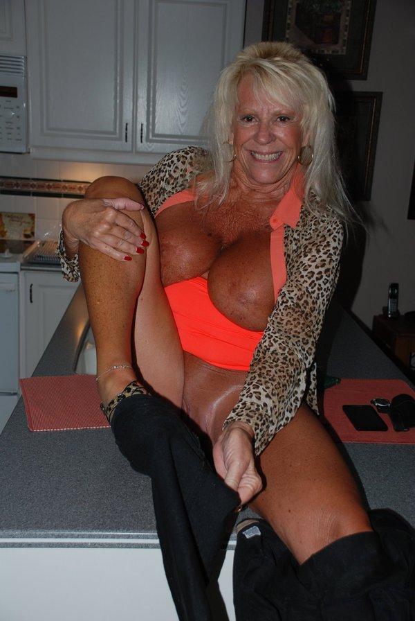 Lorena una madura italiana que ya no cumple los 40 anos - 4 9