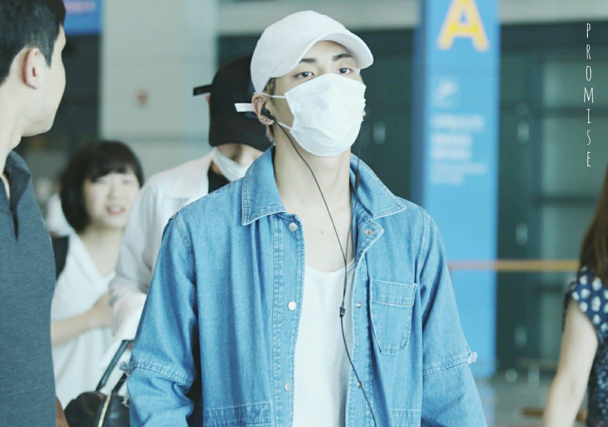 [IMG/160718] Onew, Jonghyun, Key, Minho @Aeropuerto de Kansai e Incheon (Jap-Cor) KhfTgPcE
