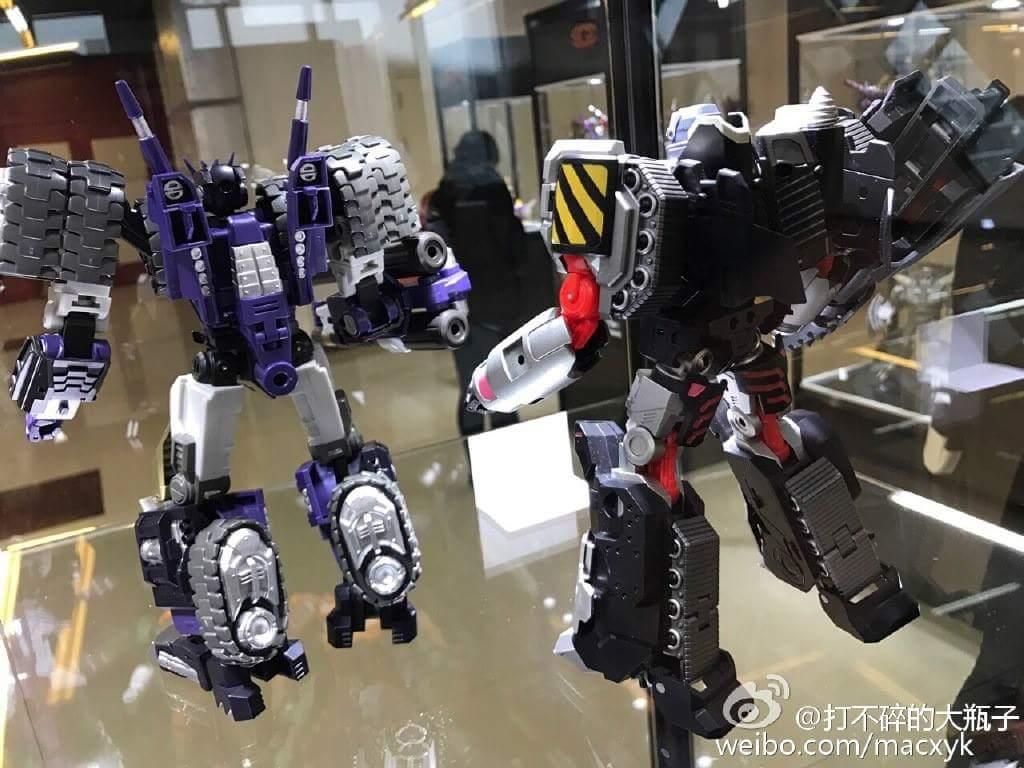[Mastermind Creations] Produit Tiers - Reformatted R-28 Tyrantron - aka Megatron des BD IDW 5NER78mV