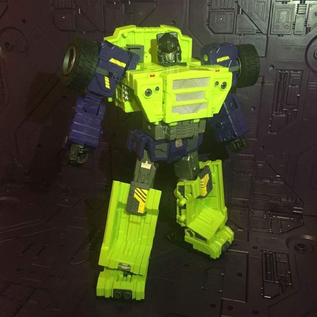 [Toyworld] Produit Tiers - Jouet TW-C Constructor aka Devastator/Dévastateur (Version vert G1 et jaune G2) - Page 8 ADsVufRf