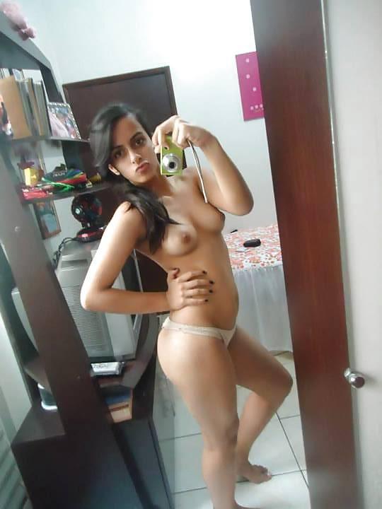 falda whatsapp de mujeres perras