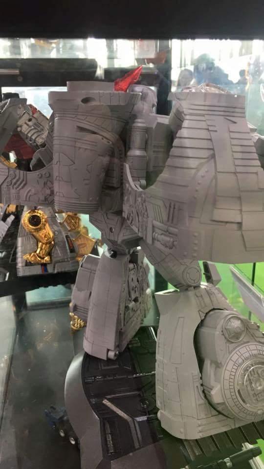 [GigaPower] Produit Tiers - Jouets HQ-01 Superator + HQ-02 Grassor + HQ-03 Guttur + HQ-04 Graviter + HQ-05 Gaudenter - aka Dinobots - Page 5 1kk5OnNm