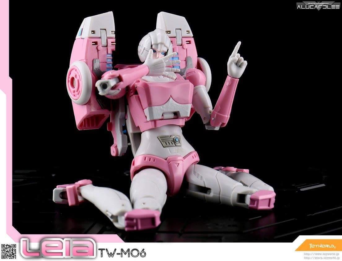 [Toyworld][Zeta Toys] Produit Tiers - Jouet TW-M06 Leia / Zeta-EX05 ArC aka Arcee/Arcie 1zhPGPjG