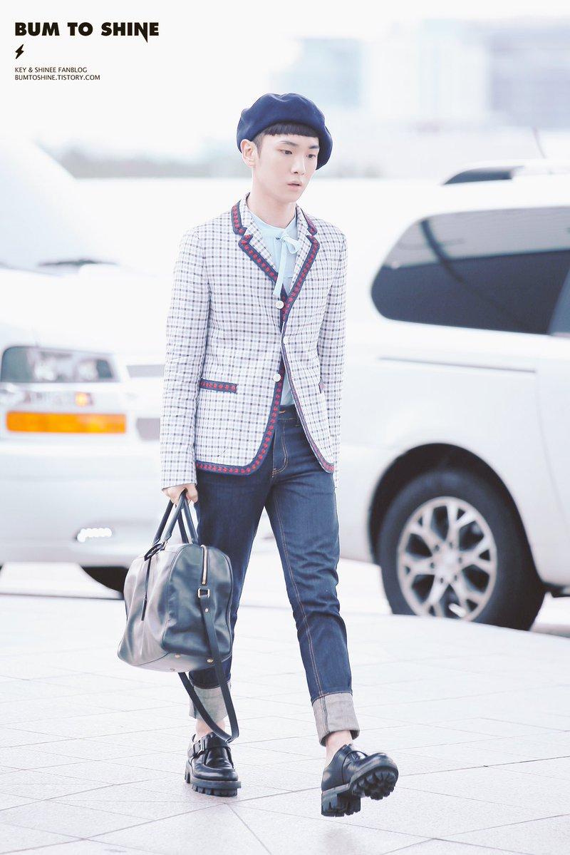 [IMG/160715] Jonghyun, Key @ Aeropuerto Incheon hacia Japón. E7rwUnmp