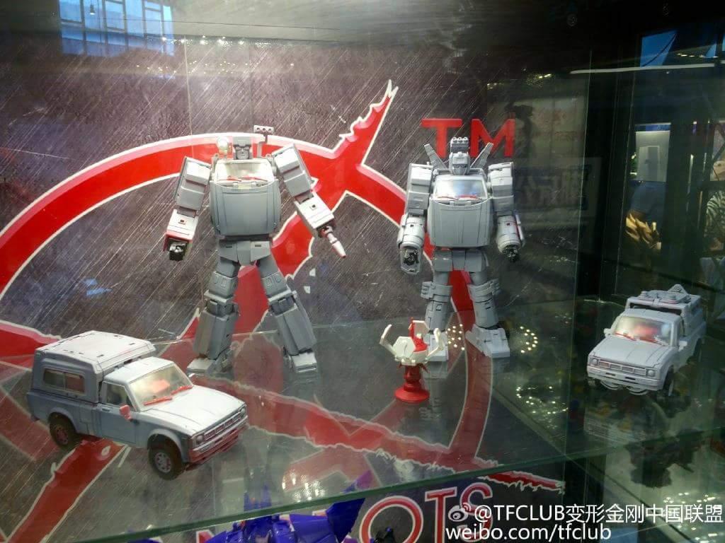 [X-Transbots] Produit Tiers - Jouet MX-VIII Aegis - aka Trailbreaker/Glouton E0i3pCGo