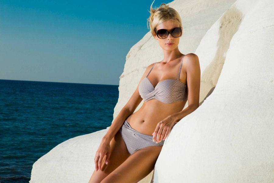 Anna Maria Sobolewska - Lavel Bikini Photoshoot - Page 2 Abv39kxR