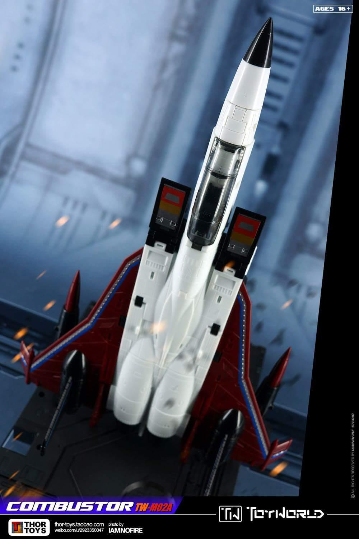[ToyWorld] Produit Tiers - TW-M02A Combustor (Ramjet/Statoréacto), TW-M02B Assault (Thrust/Fatalo), TW-M02C Requiem (Dirge/Funébro) - Page 3 Fc1hsIPh