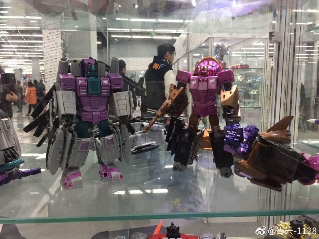 [Zeta Toys] Produit Tiers - Armageddon (ZA-01 à ZA-05) - ZA-06 Bruticon - ZA-07 Bruticon ― aka Bruticus (Studio OX, couleurs G1, métallique) A6meVefb
