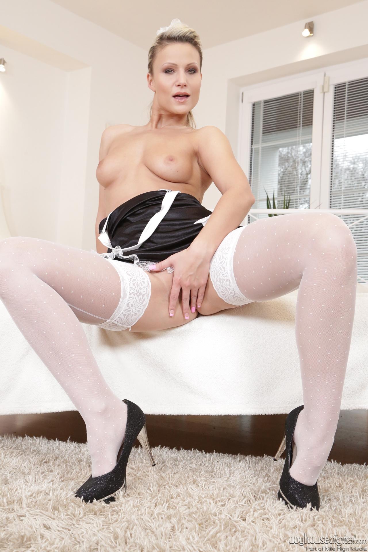 Samantha Jolie muestra su golosa conchita