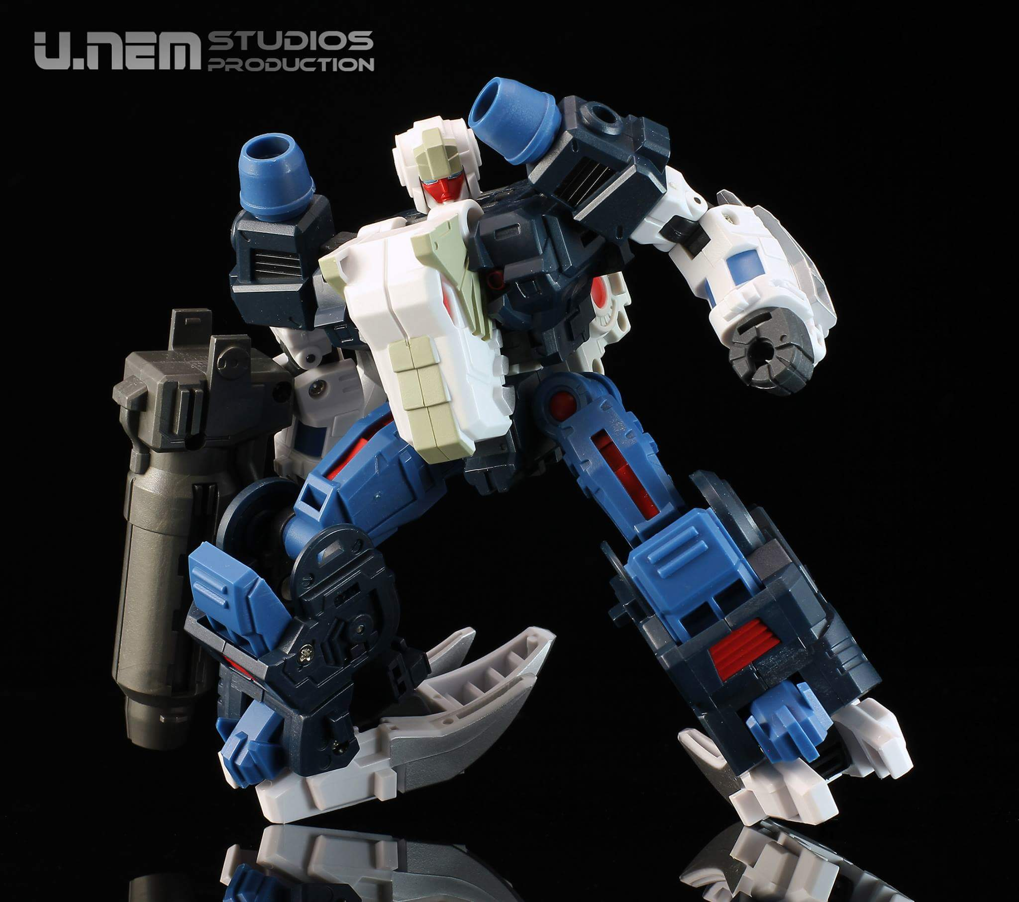 [FansProject] Produit Tiers - Jouet Saurus Ryu-oh aka Dinoking (Victory) | Monstructor (USA) - Page 3 YNTYwc1N