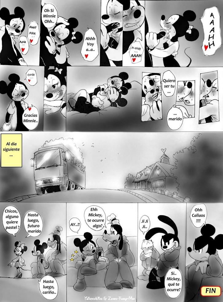 Minie Mouse desnuda azota a Mickey porno