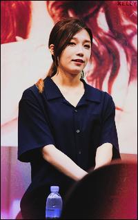 Jeong Hye Rim - EUN JI (A PINK) AGUb4vDH