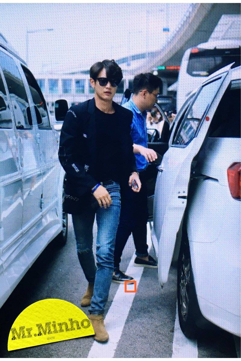 [IMG/160718] Onew, Jonghyun, Key, Minho @Aeropuerto de Kansai e Incheon (Jap-Cor) 0DGChvnd