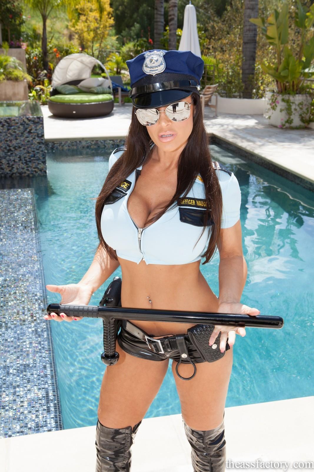 Actrices Porno Vestidas De Policia lisa ann vestida de policía - poringa!