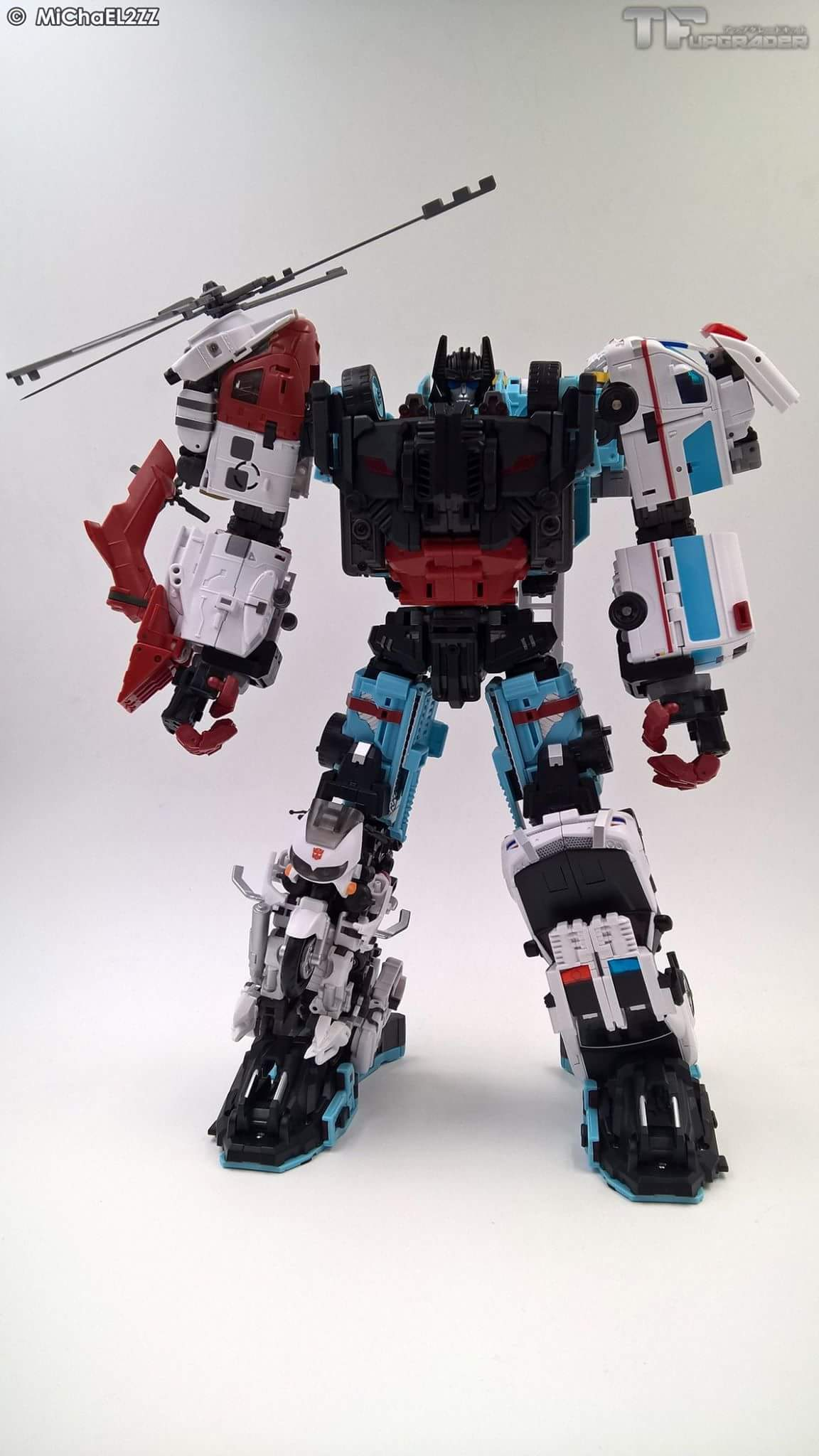 [MakeToys] Produit Tiers - Jouet MTCM-04 Guardia (aka Protectobots - Defensor/Defenso) - Page 4 OSQRg0Ds
