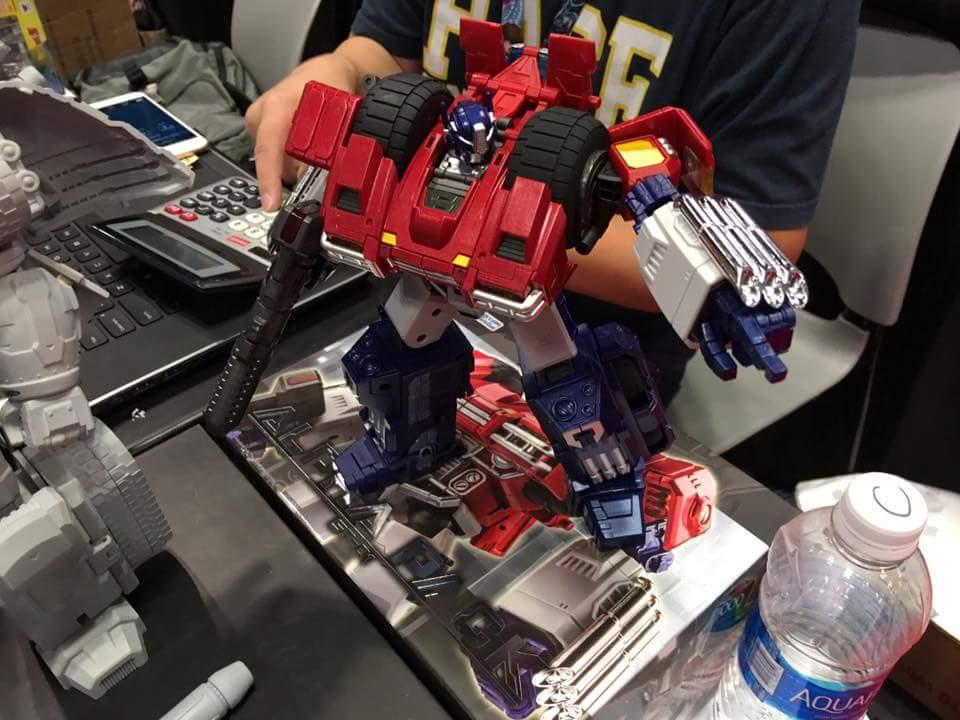 [SparkToys] Produit Tiers - ST - aka War Within: Optimus, Mégatron, Grimlock/La Menace, etc - Page 2 QcbKcGqt