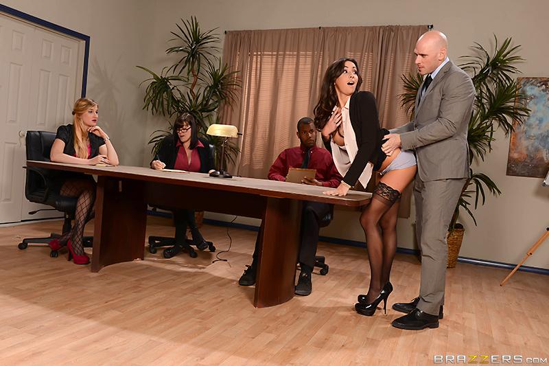 Порно актриса в студии бразерс