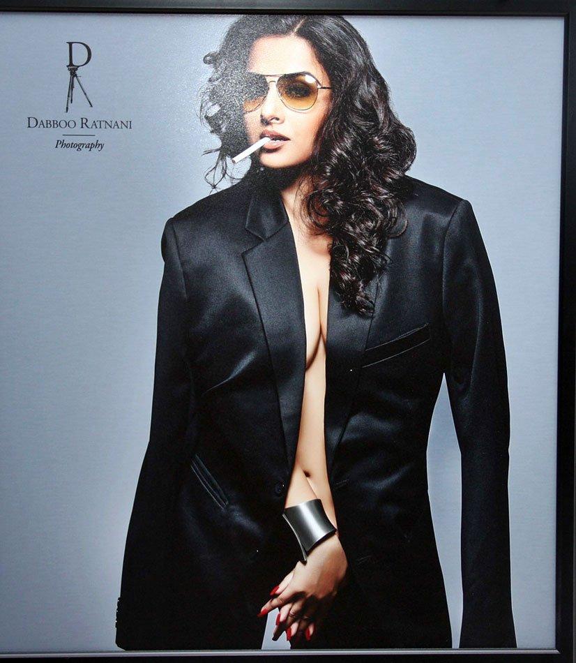Bollywood Celebrities on Dabboo Ratnani's 2013 calendar AcqsSNur