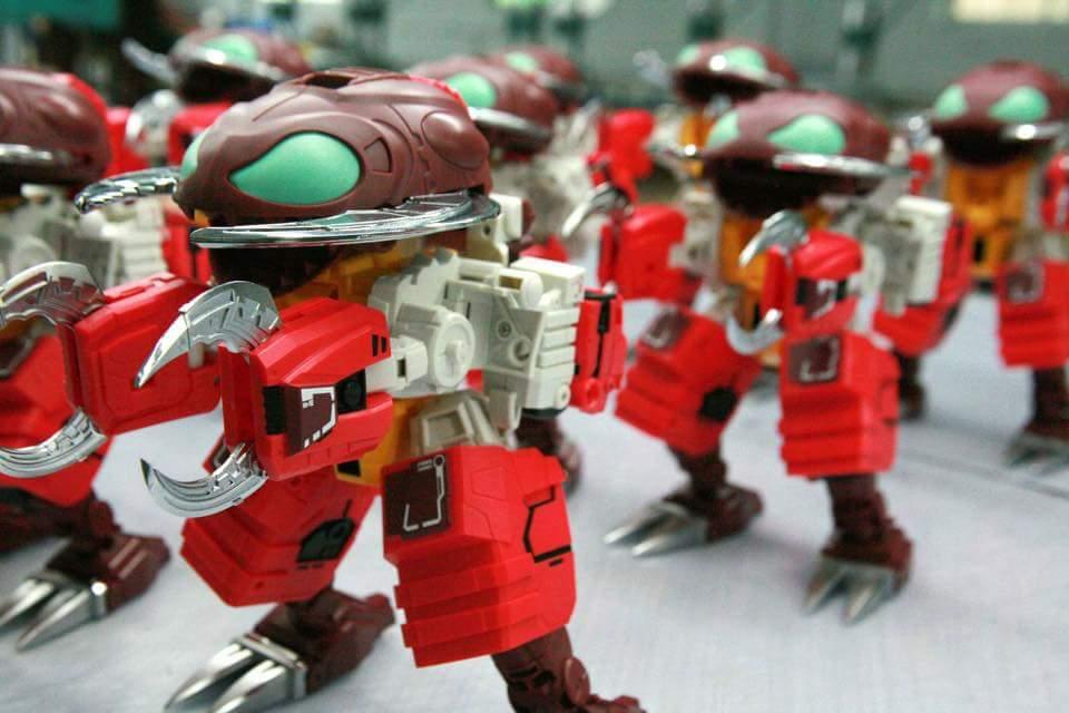 [FansHobby] Produit Tiers - Master Builder MB-02/03/05 - aka Monsterbots/Monstrebots DvmZ8Y2k
